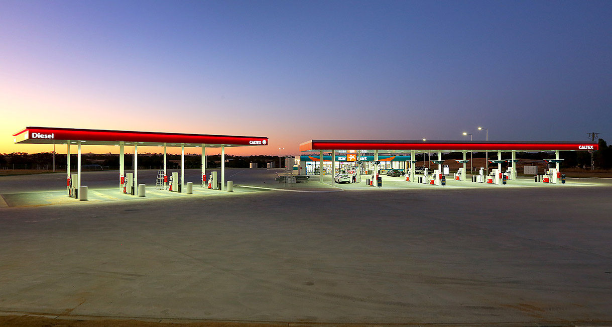 Industralight-LED-Lighting-Caltex-Ravenswood-139A2277