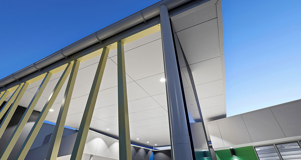 Industralight-LED-Lighting-Port_Macquarie_Indoor_Stadium_High_Eaves