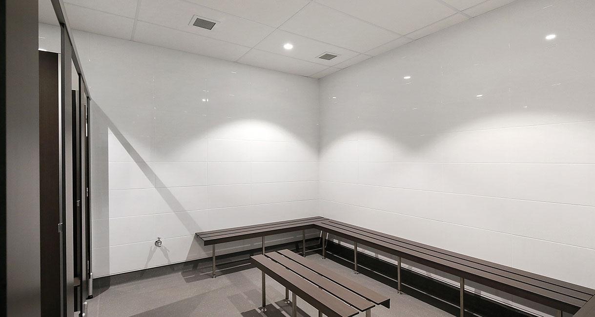 Industralight_Port_Macquarie_Indoor_Stadium_High_Bathroom4